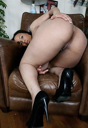 Was Big booty milf big booty pic
