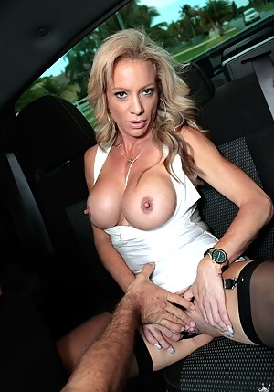 Free Mature Tits Porn Pictures