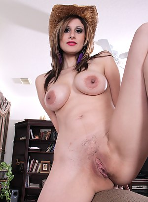 Free MILF Country Girl Porn Pictures