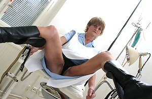 Free MILF Gyno Porn Pictures